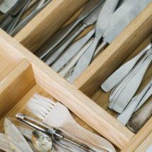 bestickslådor, förvaring, kök från Gotland, kök visby, handgjorda kök, köksrenovering